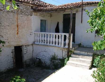 Cool Qeparo Archives Albanian Rentals Rent In Albania Prona Home Interior And Landscaping Palasignezvosmurscom